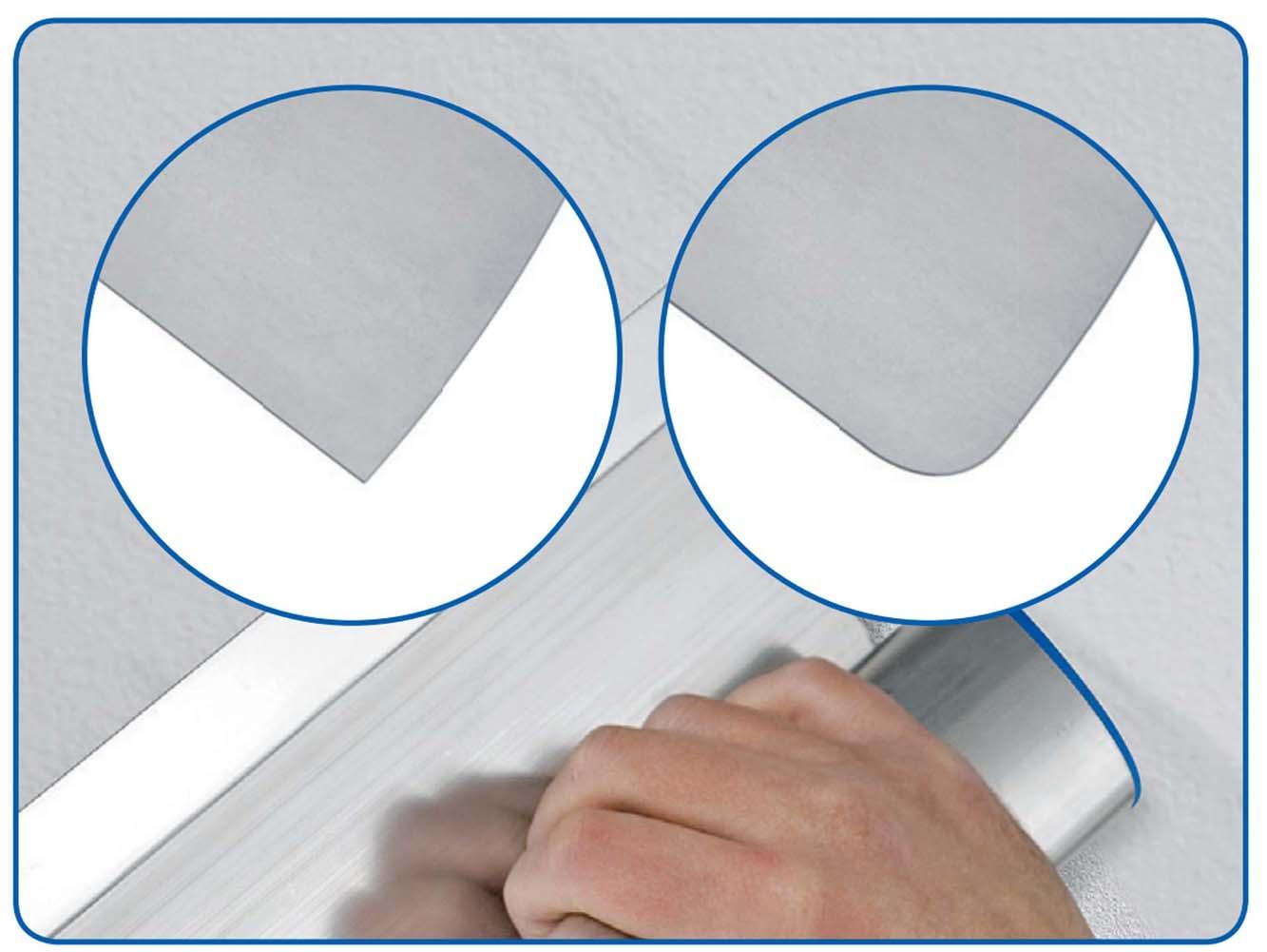 Обратите внимание на рисунок слева сменное лезвие имеет два размера с толщиной 0,5 мм с острыми краями для цементно-известковых составов с большей твердостью и более тонкое лезвие с толщиной 0,3 мм с закругленными краями для мягких - финишных шпатлёвок (шпаклёво